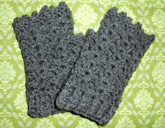 Fingerless Shell Gloves - Free Crochet Pattern