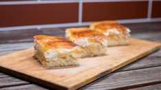 Jablečné skořicové řezy | foto: Martin Čuřík Sweet Recipes, Bread, Cooking, Food, Mudpie, Baking Center, Kochen, Breads, Hoods