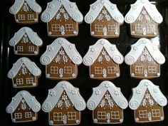 Lenka Chudomelova:  gingerbread house! Christmas Treats, Christmas Baking, Winter Christmas, Christmas Cookies, Xmas, Honey Cookies, Tea Cookies, Sugar Cookies, Reindeer Cookies