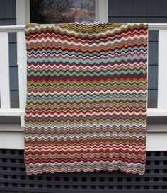 Soft Waves Afghan - with a random stripe generator you can use with any multi-colored stripe crochet pattern Crochet Stitches Patterns, Crochet Afghans, Stitch Patterns, Knitting Patterns, Crochet Crafts, Crochet Yarn, Crochet Projects, Free Crochet, Color Generator