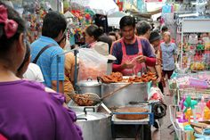 6 Popular Shopping Markets in Bangkok - Thailand Travel