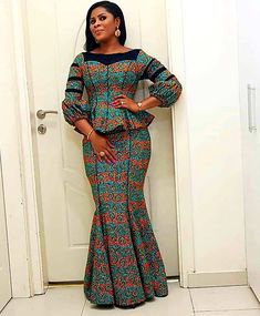 ankara stil Ankara six pieces skirt With a marching blouse has zip at the back to fit. In case you want it cutomised kindly send in your measurements in case it is not the same as the stan Latest African Fashion Dresses, African Print Dresses, African Dresses For Women, African Print Fashion, African Attire, Ankara Fashion, Africa Fashion, African Prints, African Women Fashion