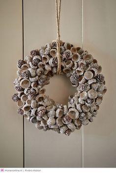 Verzamel leuke spulletjes uit het bos en maak hiermee de mooiste winter en kerst kransen...8 voorbeelden! - Zelfmaak ideetjes