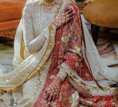 Bridal Mehndi Dresses, Nikkah Dress, Shadi Dresses, Indian Bridal Outfits, Indian Designer Outfits, Asian Wedding Dress Pakistani, Pakistani Formal Dresses, Pakistani Dress Design, Indian Dresses