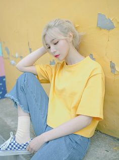 Pinterest// @itsemma Fun Fact: My favourite colour is yellow - all shades of yellow