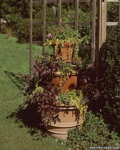 Stacked-Pots Planter