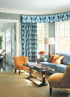 Tom Samet has a way with Blue. Blue Lapis necklace, Blue croc bag in this blue room :)