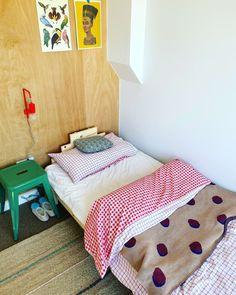 Small Loft Bedroom, Single Bedroom, Boy Room, Kids Room, Decoration, Primary Colors, Interior Decorating, Furniture, Home Decor