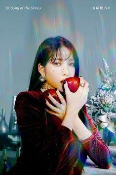 #GFRIEND_APPLE #回_Song_of_the_Sirens #여자친구 #GFRIEND Extended Play, Seulgi, Taemin, K Pop, South Korean Girls, Korean Girl Groups, Gfriend Profile, Gfriend Album, Rapper
