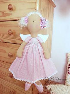 Atelier Romana Sweet Little Things, Textiles, Cute Dolls, Cinderella, Flower Girl Dresses, Disney Princess, Disney Characters, Room, Kids