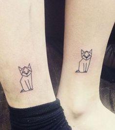 Tatuajes de gatos: un estilo gráfico que queda muy bien