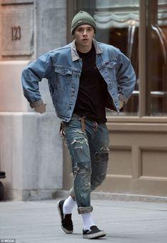 mens_fashion - Amazing Stylish New York Stylish Fashion Hacks 2300650722 fallNewYorkfashion Mens Fall Street Style, Urban Fashion, Mens Fashion, Fall Fashion, Outfit Essentials, Brooklyn Beckham, High Street Fashion, La Mode Masculine, Style Outfits