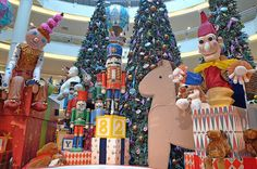 Toyland Christmas Theme. TOY SOLDIERS, gingerbread men, BLOCKS, gifts, HORSE, clown, TREES, ornaments, STUFFED ANIMALS, snowmen, HOT AIR BALLOON