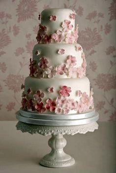 Let Creativity Bloom! 5 Beautiful Cherry Blossom Wedding Cakes