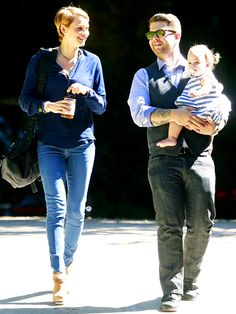Jack Osbourne gabbed with wife Lisa as they took daughter Pearl to a baby class in Beverly Hills.