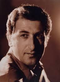 TÜRK TİYATROSUNUN ESKİ SANATÇILARI -Türk tiyatro dünyasının duayenlerinden, oyuncu, yazar, yönetmen ve seslendirme sanatçısı Mücap Ofluoğlu,
