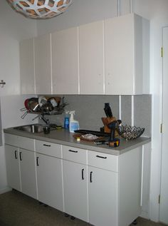 Kitchen Project: Cheri Shows Us How To Paint Ugly Laminate Kitchen Countertops