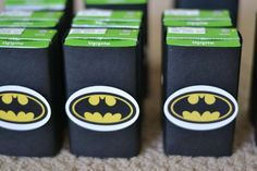 Super Heroes, Batman, Batgirl, Hot Pink, Yellow, Black Birthday Party Ideas | Photo 6 of 31 | Catch My Party
