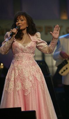 Loretta Lynn - Pretty in Pink,,,,,,so since I knew Check Flynn her bass player,,,,,,,,,,,,,,,,,,,,,,,,