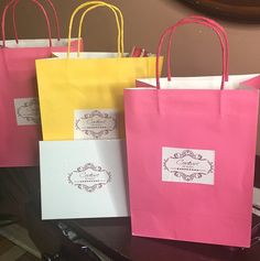 Are you rocking #couturebyrani pieces this summer ?!#brampton #couturebyranibrampton#sikhbride#sparkle#kundan#indianbrides#indianfashion#indianwedding#pearls#beeds#punjaban#kundanjewllery#kundanworkjewellery#punjabibrides#indianfashionblogger#hrcouturebyrani#indianjewlryfashion#sikhwedding by hr_couturebyrani