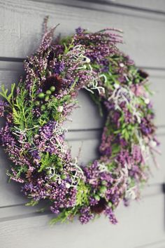 I love every season - (via Creative Garden) - Diy Fall Decor I love every season – (via Creative Garden) Source by marcoleopoldsed Deco Floral, Arte Floral, Corona Floral, Christmas Wreaths, Christmas Decorations, Garden Decorations, Autumn Garden, Summer Wreath, How To Make Wreaths