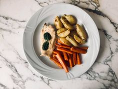 SOLE FISH WITH POTATOS AND BAKED CARROTS