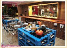 Mobiliário de cozinha feito com paletes de madeira                                                                                                                                                      Mais