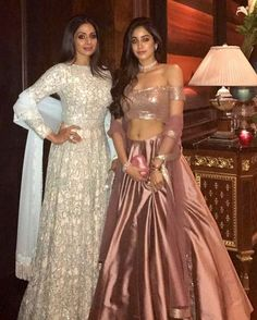Sri Devi Kapoor With Her Daughter Janvi Kapoor In A Beautiful Outfit Designed By Manish Malhotra