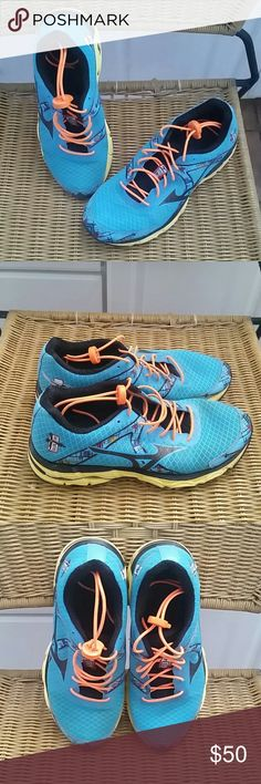 Mizuno Wave inspire 10th anniversary, nice color combination, and in great condition. Mizuno Shoes Sneakers
