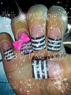 Not 'gel' but 'JAIL ' nails!! Lol