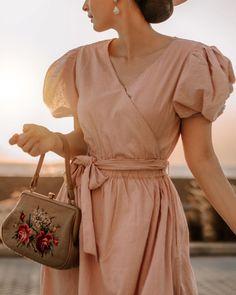 Instagram Idda Van Munster, Pin Up Girls, Shirt Dress, Shirts, Inspiration, Dresses, Fashion, Biblical Inspiration, Vestidos