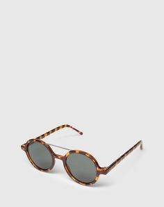 """Sunglasses: Komono """"Vivien"""". Click on the picture to get the product <3"""