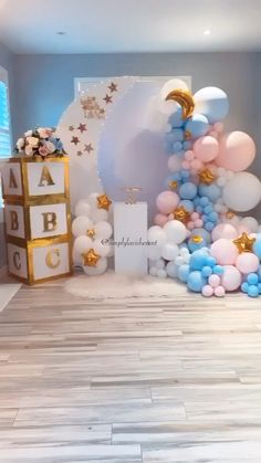 Baby Shower Ideas Discover Gender reveal A beautifully styled twinkle twinkle little star theme gender reveal by Girl Birthday Decorations, Gender Reveal Party Decorations, Baby Gender Reveal Party, Baby Shower Decorations For Boys, Boy Baby Shower Themes, Baby Shower Balloons, Baby Shower Parties, White Party Decorations, Balloon Decorations