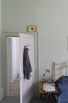 At Remodelista, we're longtime devotees of UK premium paint brand Farrow & Ball. Farrow & Ball colors are among the most complex we'v Farrow Ball, Farrow And Ball Paint, Farrow And Ball Blue Gray, Farrow And Ball Bedroom, Cromarty, New Paint Colors, Ball Lights, Colour Schemes, Bedroom Colors