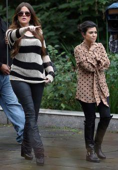 Love khloe Kardashian's outfit...!