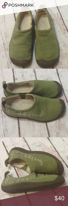 Keen green floral Canvas slip on shoes size 6.5 KEEN green floral Canvas slip on loafers size 6.5 USA,   Good condition,  thank you for looking Keen Shoes Flats & Loafers