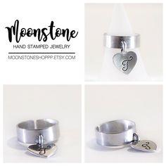 Eccola, è lei, la fede con il mini ciondolo personalizzabile con la vostra iniziale, quella del vostro amore o qualcuno a cui volete bene. Perfetta anche da regalare! Potete acquistarla qui ⇩⇩⇩⇩⇩⇩⇩⇩⇩ 🌙https://www.etsy.com/it/shop/moonstoneshoppp  ⁕⁕⁕⁕⁕⁕⁕⁕⁕⁕⁕⁕⁕⁕⁕⁕⁕⁕⁕⁕⁕ 🌙https://www.facebook.com/moonstoneshoppp 🌙https://www.instagram.com/silvia.pantieri/