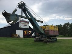 Check out this cool sign, at the local gravel pit in northern ky Mining Equipment, Heavy Equipment, Gravel Pit, Used Construction Equipment, Earth Moving Equipment, Bucyrus Erie, Old Lorries, Heavy Machinery, Toy Trucks
