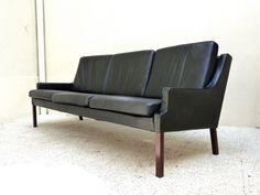 Canapé scandinave vintage - Mid-century danish sofa  Autres articles de la boutique : https://www.etsy.com/fr/shop/CollectionIt  Nous contacter :