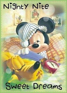 Tenyo Disney Characters Mickey Mouse and Pluto 500 pcs. We sell Japan jigsaw puzzles and gifts to worldwide. Walt Disney, Disney Mickey Mouse, Mickey Mouse Y Amigos, Retro Disney, Mickey Love, Mickey Mouse And Friends, Disney Magic, Disney Art, Goofy Disney