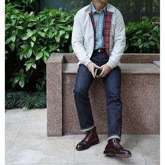 jcklh Baracuta and boots #baracuta #harrington #doublerl #alden #aldenshoes #shellcordovan #daily #dailylook #outfit #ootd #mensEx #styleformen #casualwear #instafashion #instastyle #igstyle #igfashion #style #fashion 2016/05/04 13:17:24