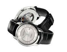 Cada vez más las marcas de moda tienden a cruzar el puente que separa el reloj como accesorio asequible a adentrarse en la relojería mecánica. Lo hizo Burberry, lo está haciendo Gucci, por supuesto lo hizo Dior… Ahora le toca a Calvin Klein.