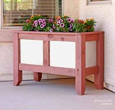 This+wood+and+metal+DIY+planter+and+many+