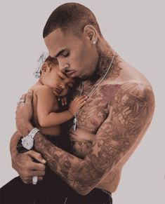 Chris Brown is really famous singer, rapper, songwriter, dancer and actor and Chris Brown new hairstyle is already popular between men. Chris Brown And Royalty, Chris Brown Style, Breezy Chris Brown, Chris Brown Art, Big Sean, Black Love, Black Men, Nicki Minaj, Cris Brown