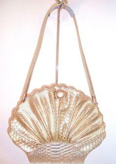 mermaid sea shell handbag in pink