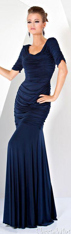 JOVANI - Elegant Long Gown