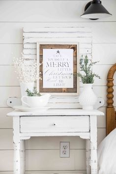 Farmhouse Christmas Bedroom Decor-www.themountainviewcottage.net-4714.jpg