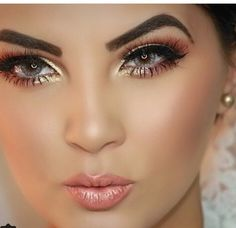 Inspired Makeup, perfect for a night out.!