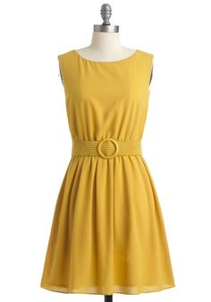 """yellow? anyone there?"" dress mod cloth"