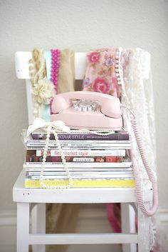 pink telephone on chair/bedside table Telephone Vintage, Vintage Phones, Decoracion Vintage Chic, Tuscan House, European Home Decor, Pink Princess, Princess Party, Disney Princess, Everything Pink